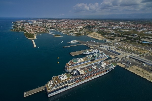 Gaženica wins best port title