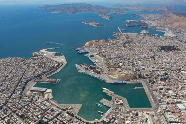 Piraeus becomes top container port in entire Mediterranean