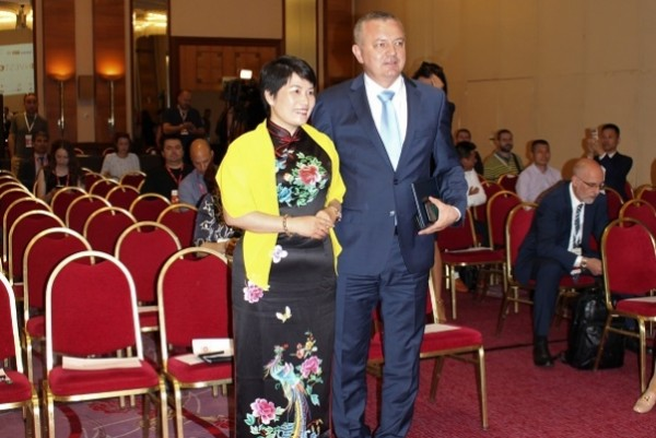 Jiang Yu met with Croatian Minister of Economy Horvat