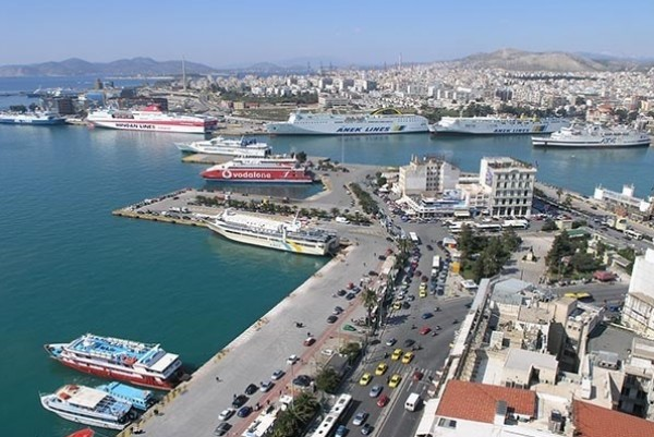 Obstacles raised to COSCO investment in port of Piraeus