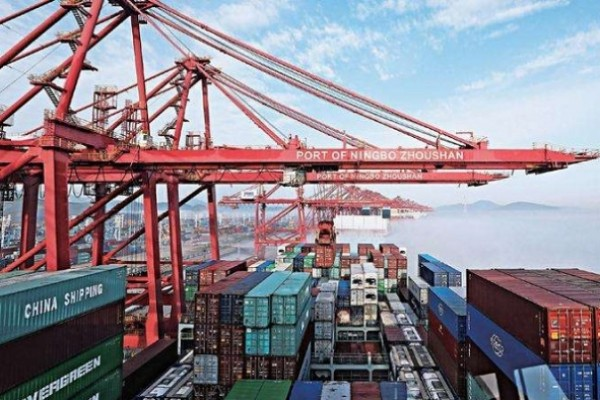 China to step up efforts to accelerate free trade port construction