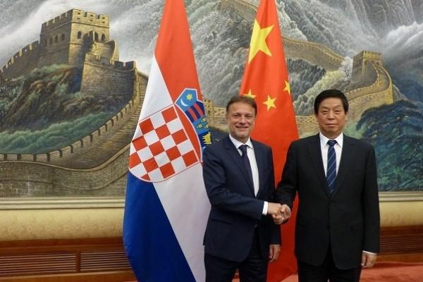 Li Zhanshu meets Croatian parliament speaker